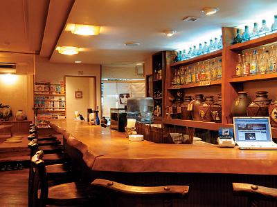 古酒BAR&琉球DINING カラカラとちぶぐゎ~