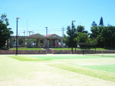 糸満市西崎運動公園(体育館/テニスコート)